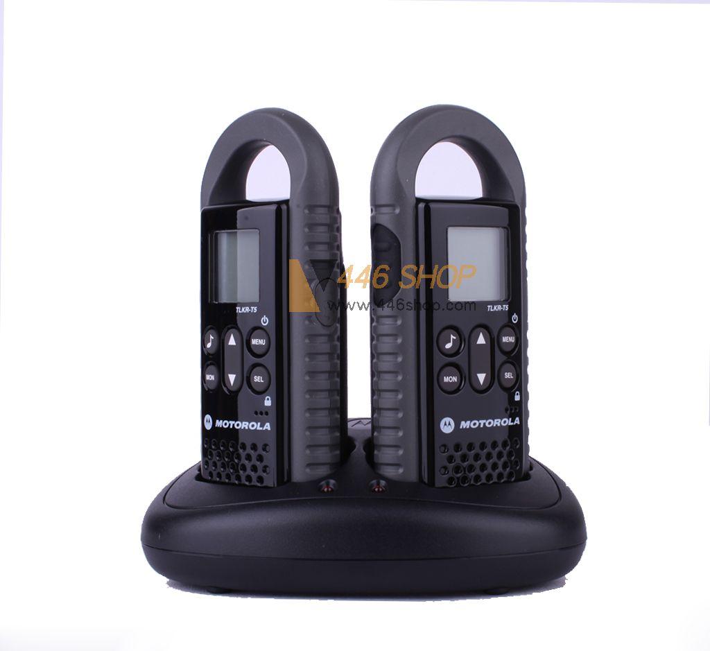 motorola twin pack motorola tlkr t5 walkie talkie 2 way. Black Bedroom Furniture Sets. Home Design Ideas